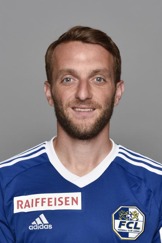Christian Schneuwly: 4