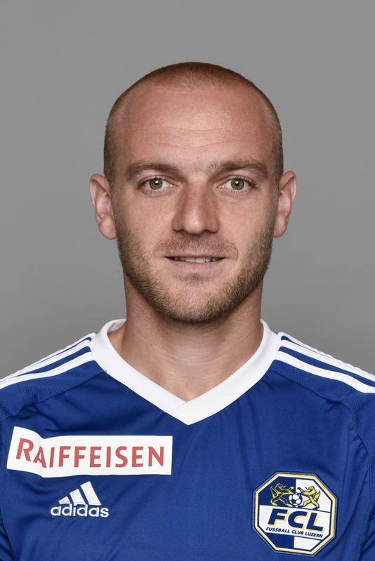 Marco Schneuwly: 4